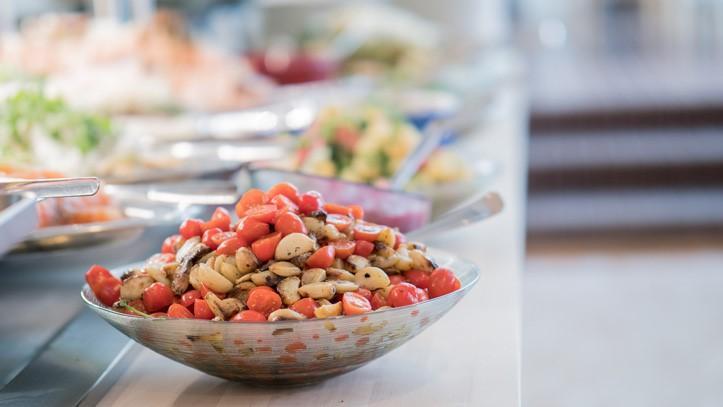 Juhlava salaattikulho